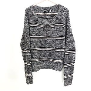 {URBAN OUTFITTERS}BDG Oversized Crew Neck Sweater